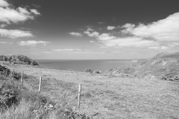 Portland-sea-view-from-the-end-of-New-Ground-16_05_15-b&w