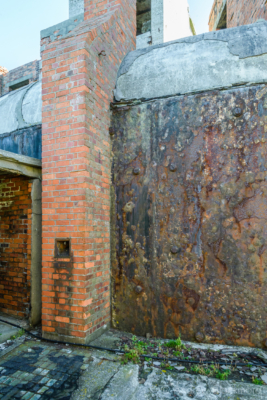 Portland-the-Breakwater-Fort-iron-cladding-and-chimney-26_08_16