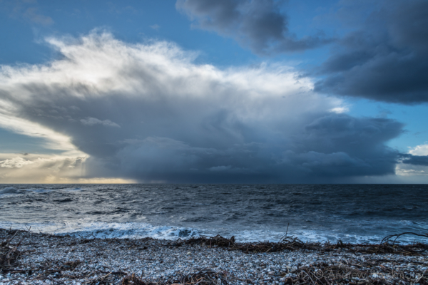 Storm-clouds-over-the-sea-from-Monmouth-Beach,-Lyme-Regis-04_02_14-3-alt