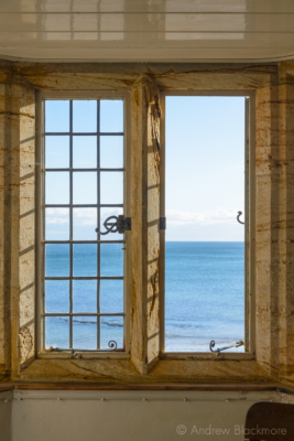 Sunlight-and-sea-view-from-the-dining-room,-The-Sundial,-Lyme-Regis-05_11_16-2