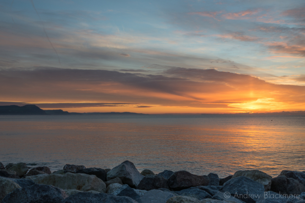 Sunrise-from-Cobb-Gate-Beach,-Lyme-Regis-30_11_12-2
