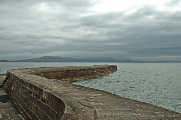 The-Cobb-in-winter-Lyme-Regis-12_04_05