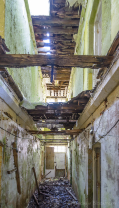 Portland-interior-of-a-prison-officers-building-at-The-Verne-31_05_15-1