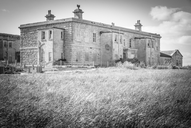 Portland-prison-officers-building-at-The-Verne-31_05_15-2-b&w
