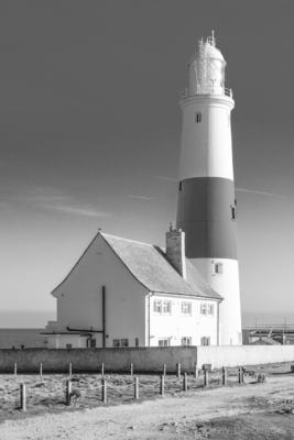 Portland-the-Bill-lighthouse-22_03_15-b&w