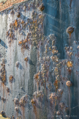 Portland-the-Breakwater-Fort-iron-cladding-detail-26_08_16-1