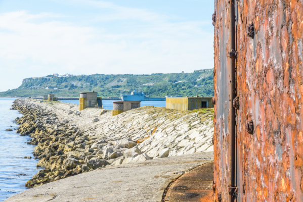 Portland-the-Outer-Breakwater-from-the-Fort-perimeter-26_08_16-1