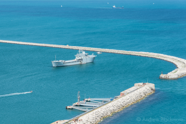 Portland-the-breakwater-and-RFA-Sir-Tristram-from-East-Weare-cliffs-06_07_14-2-v2