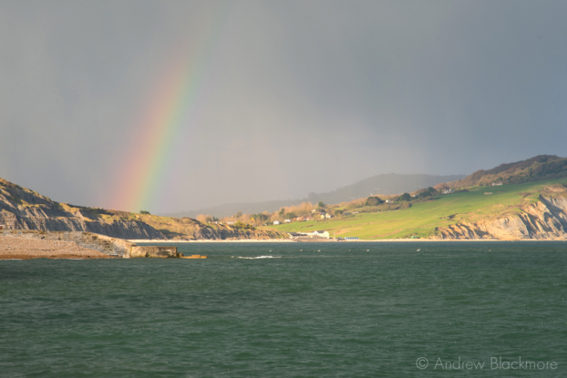 Rainbow-over-Charmouth-from-North-Wall,-Lyme-Regis-27_04_13