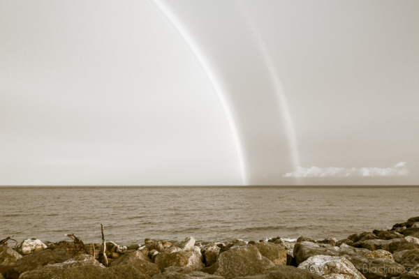 Rainbow-over-the-sea-from-Cobb-Gate,-Lyme-Regis-22_05_14-1-2