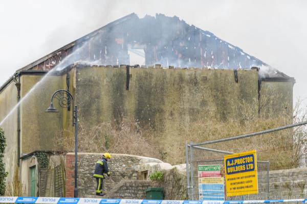 Regent-Cinema-fire-aftermath-from-Langmoor-Gardens,-Lyme-Regis-22_03_16