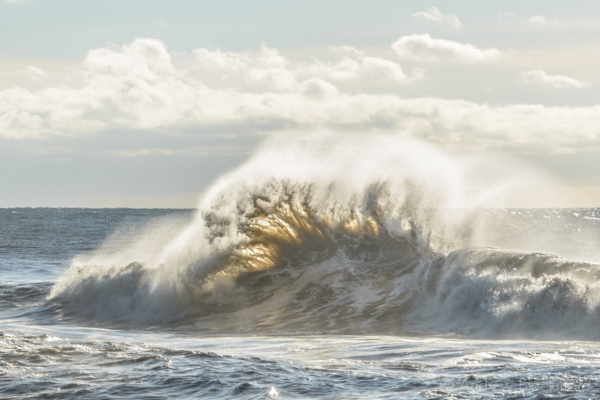 Stormy-sea-at-the-Cobb-from-Monmouth-Beach,-Lyme-Regis-20_11_16-3