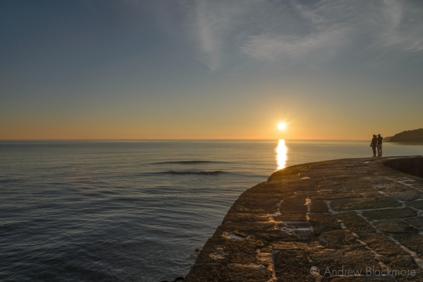 Sunset-over-the-sea-from-the-Cobb,-Lyme-Regis-29_12_14-4