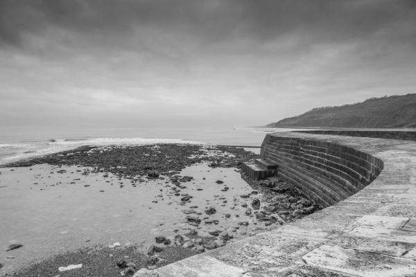 The-Cobb,-Lyme-Regis-at-low-tide-04_01_15-4-b&w