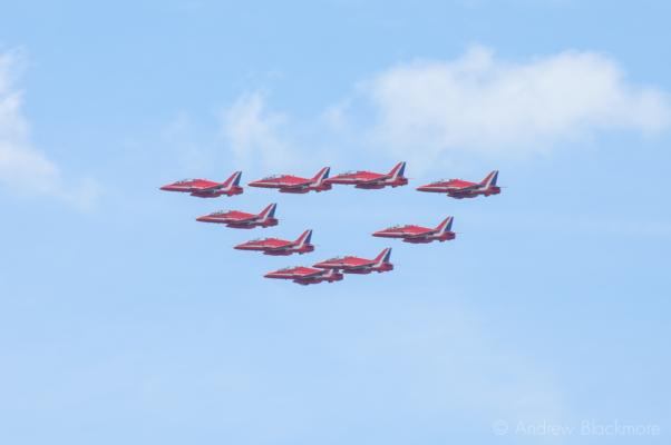 The-Red-Arrows-over-Lyme-Regis,-Dorset-23_07_11-07