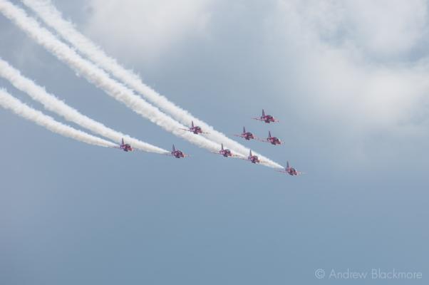 The-Red-Arrows-over-Lyme-Regis,-Dorset-23_07_11-35