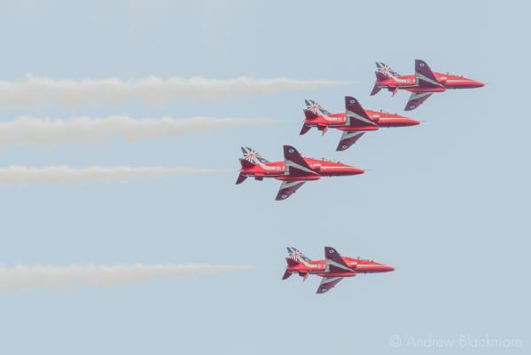 The-Red-Arrows-over-Lyme-Regis,-Dorset-24_07_14-61