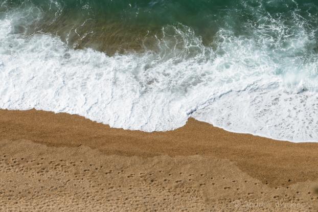 The-shoreline-and-Burton-Beach-from-Burton-Cliff-12_04_15-13