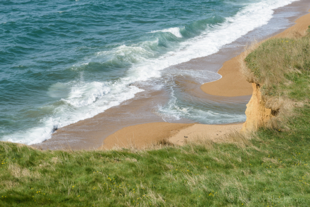 The-shoreline-&-mouth-of-the-River-Bride-on-Freshwater-Beach-from-Burton-Cliff-12_04_15