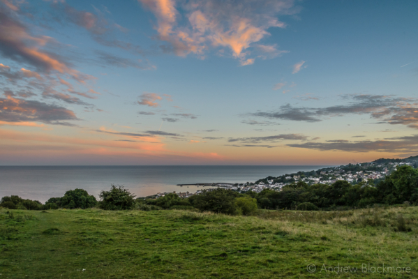 View-over-the-sea-and-Lyme-Regis-from-The-Spittles-31_07_16-2