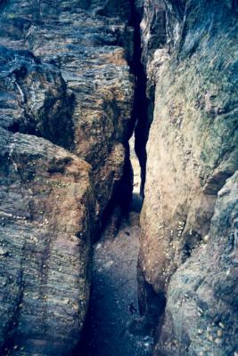 Rock Tunnel In Castle Cove, Dartmouth 07_08_15 3 V3